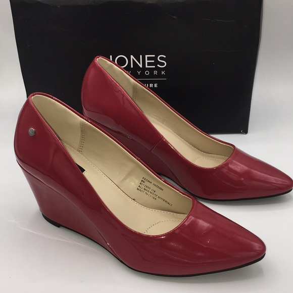 JONES NEW YORK Red Feona smooth patent wedges